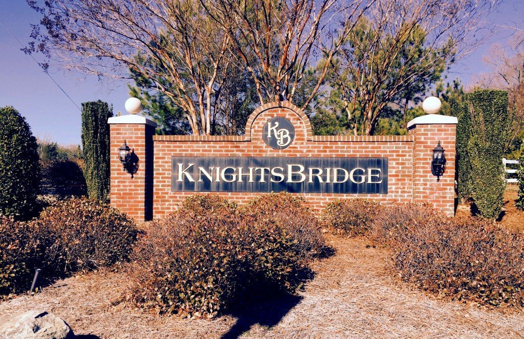 Knightsbridge Neighborhood Entrance