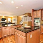 606-andover-ln-Tega-Cay-Kitchen(6)