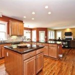 606-andover-ln-Tega-Cay-Kitchen(7)